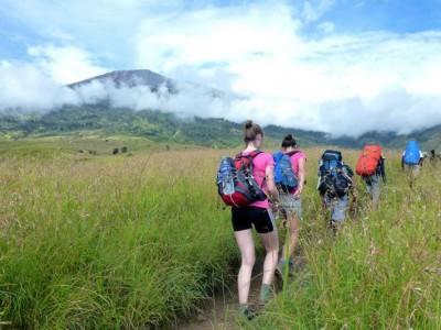 Hiking Rinjani via Senaru