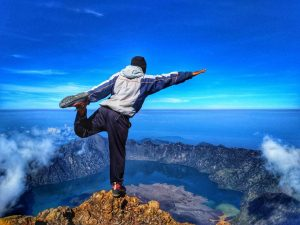 Rinjani trekking 4 day package from Senaru