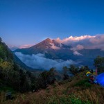 HIKING RINJANI TO SENARU RIM