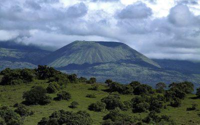 Tambora trekking guide