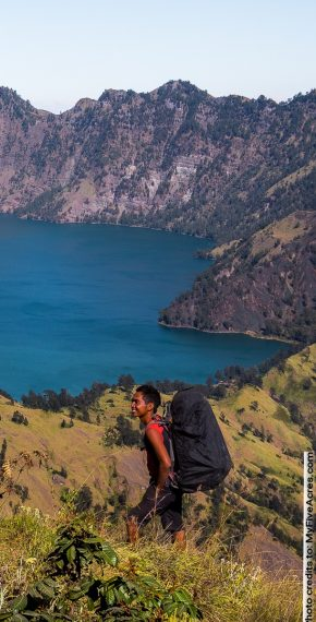 Mount Rinjani trekking adventure tour
