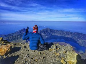 Rinjani 3 day trekking tour package to summit